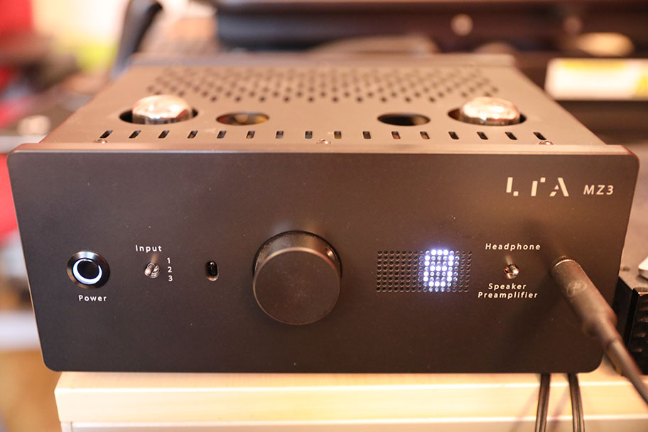 Linear Tube Audio MZ3S Headphone Amp | The Master Switch