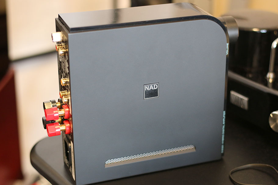 NAD D3045 Stereo Amp | The Master Switch