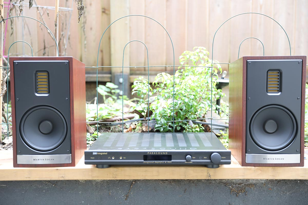Stereo Amp with Speakers | The Master Switch