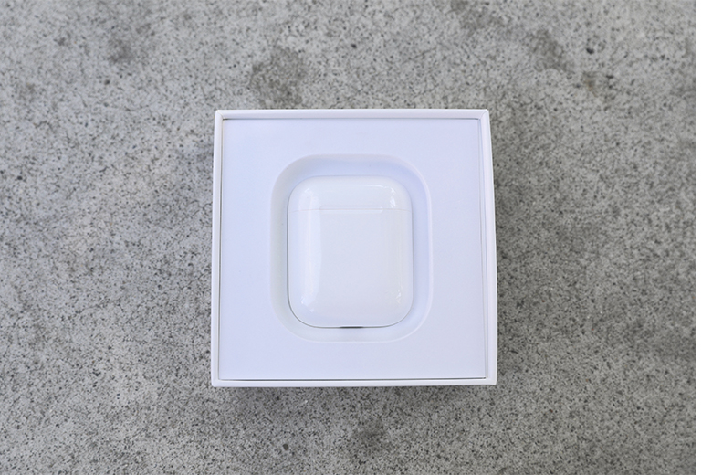 The AirPods' packaging is simple and effective | The Master Switch
