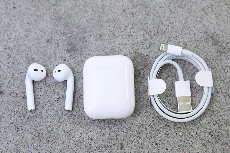 Apple's Airpods are a type of earbud known as true wireless | The Master Switch