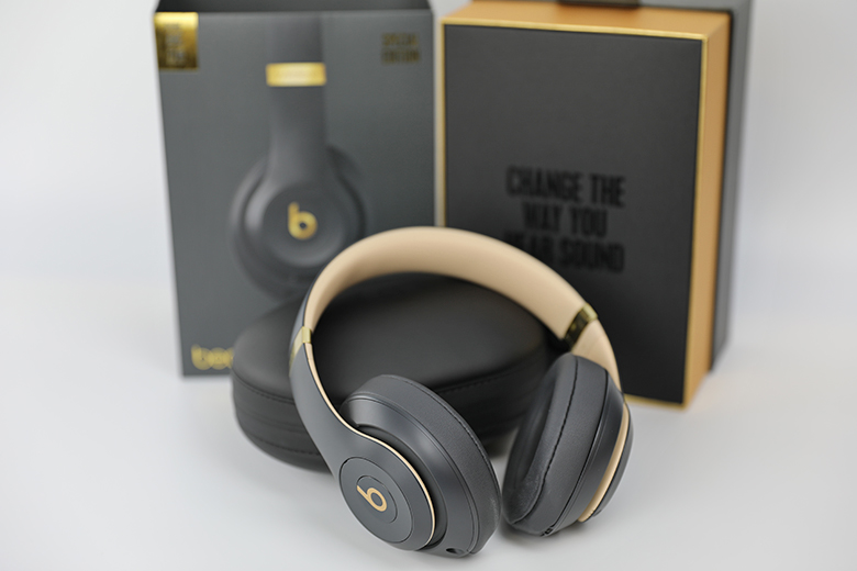 Beats By Dre Studio3 Wireless Review The Master Switch