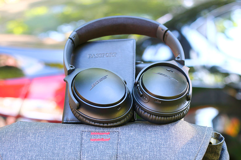 The QC35 IIs really are the best travel headphones we've ever tested | The Master Switch