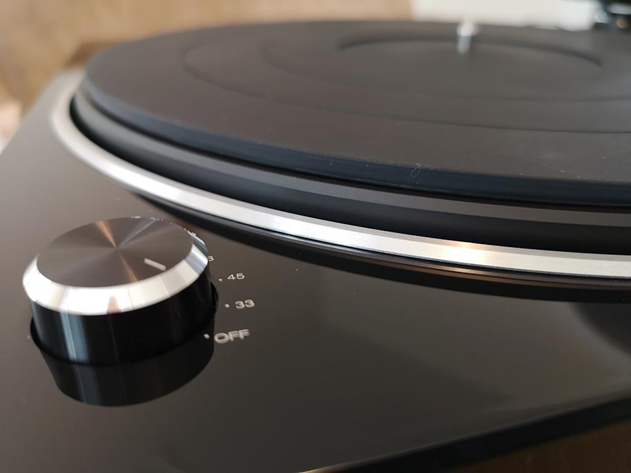 ​Denon DP-450USB turntable | The Master Switch