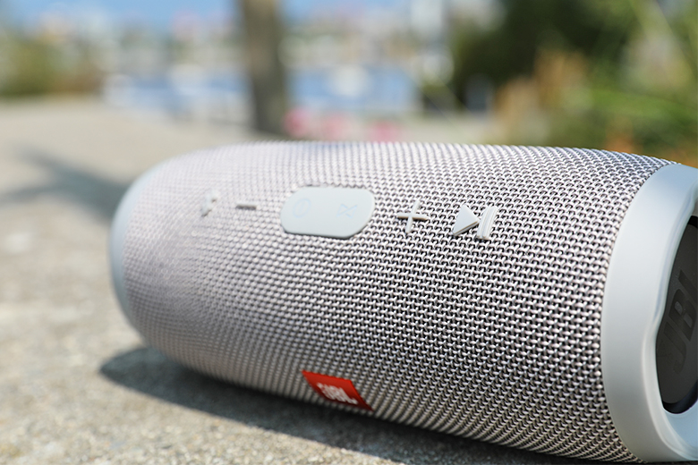 JBL Charge 3 Review | The Master Switch