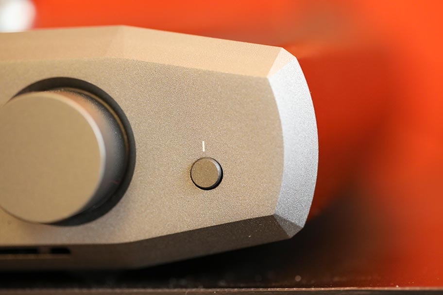 Monoprice Monolith Liquid Platinum headphone amp | The Master Switch