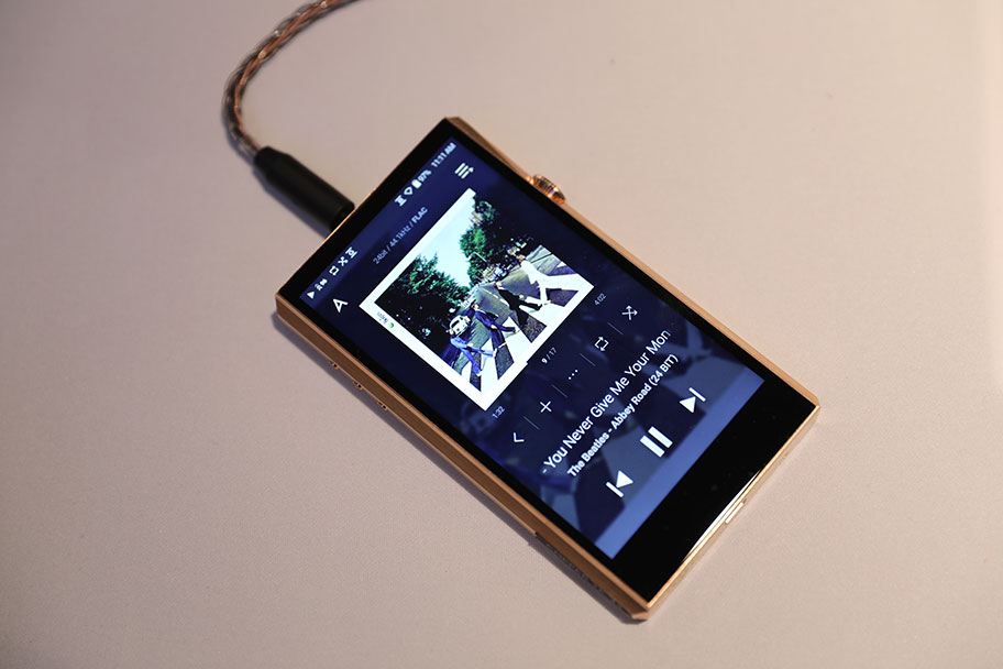 Astell&Kern DAP | The Master Switch
