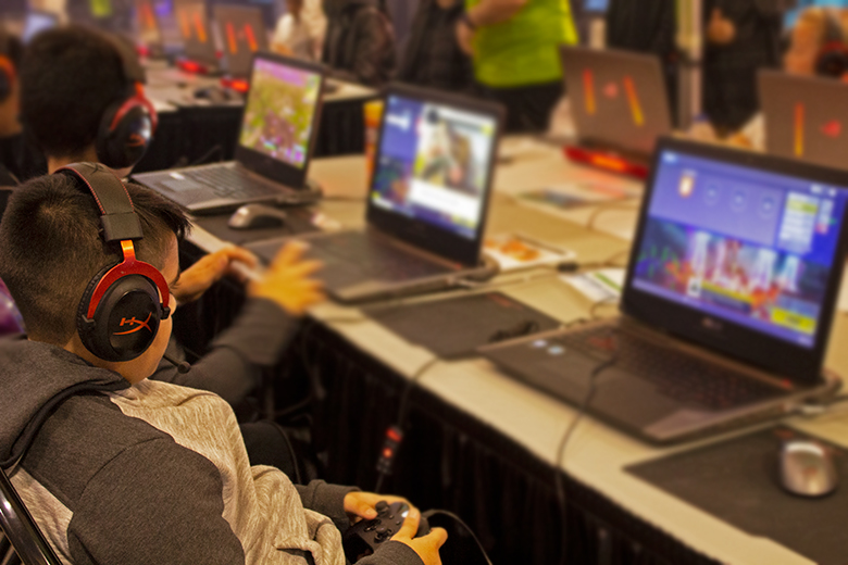 The HyperX Cloud Alpha are a fan favorite at EGLX | The Master Switch