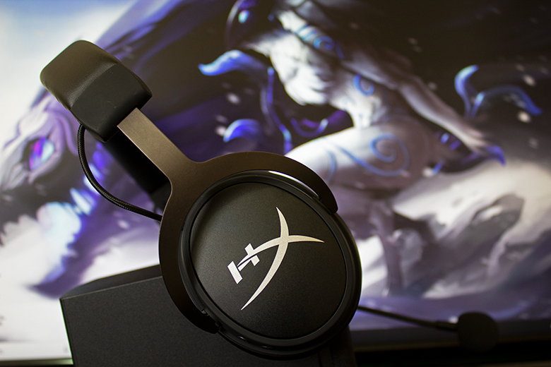 The all-new HyperX Cloud MIX headset | The Master Switch