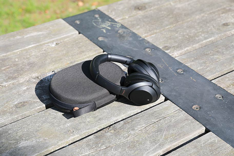 Sony WH-1000XM4 wireless headphones | The Master Switch
