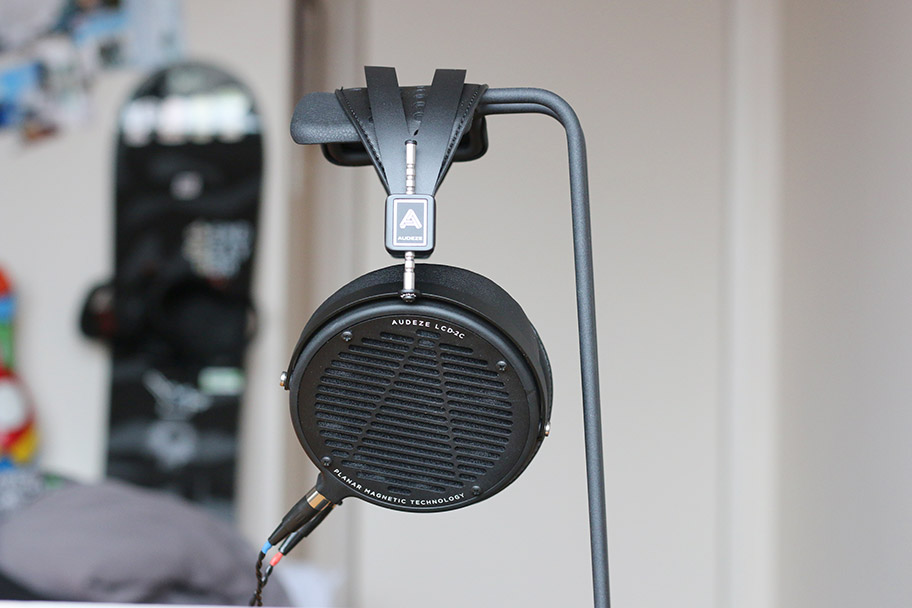 We adore the AUDEZE LCD2Cs | The Master Switch