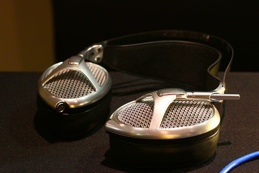 MEZE-Empyrean High End Headphones | The Master Switch