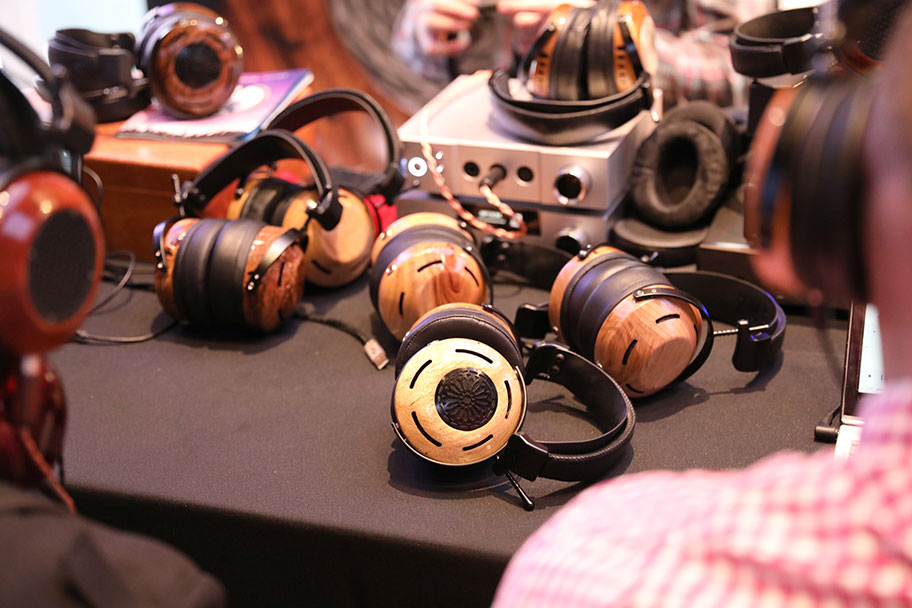 High End Headphones from ZMF | The Master Switch