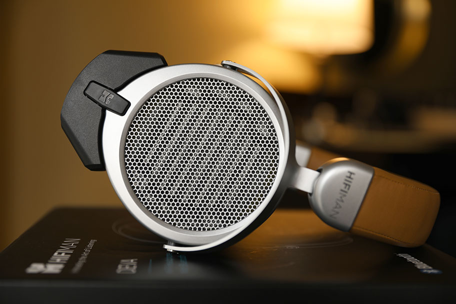 HiFiMAN DEVA High-End Headphones | The Master Switch