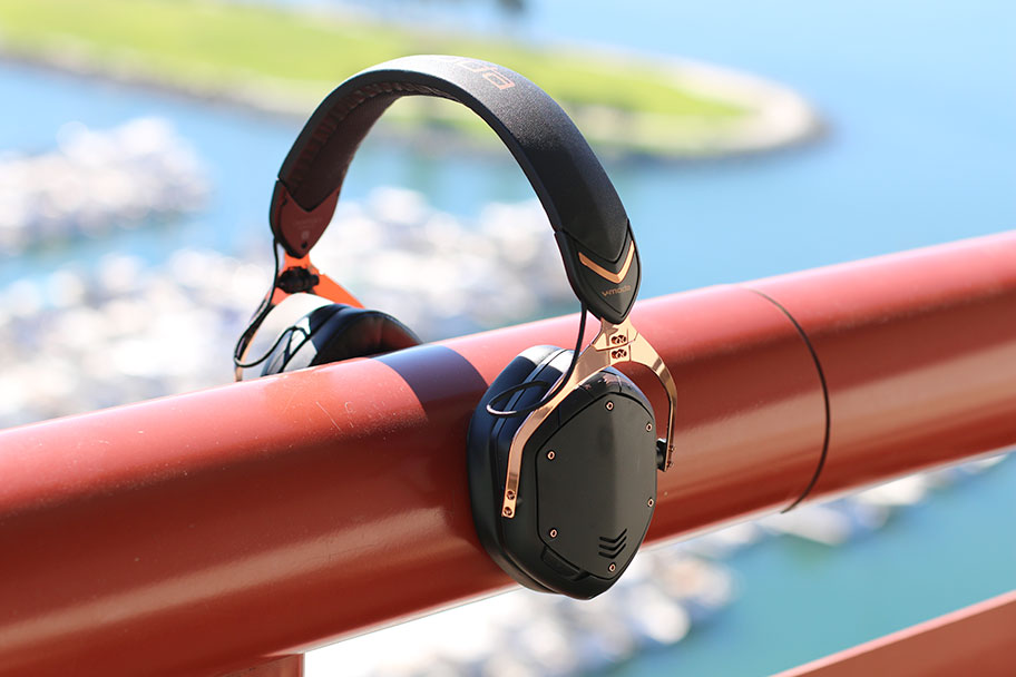 The V-Moda Crossfade 2 Wireless has 4.1 and aptX Bluetooth | The Master Switch