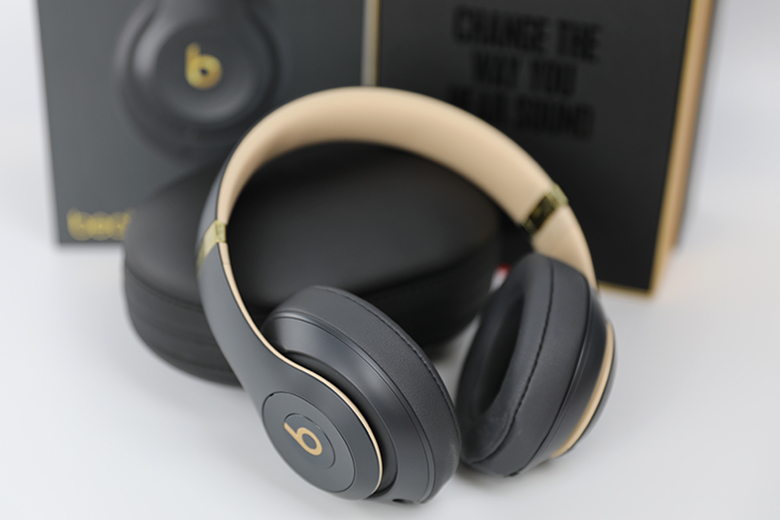Beats by Dre Studio3 Wireless Review | The Master Switch