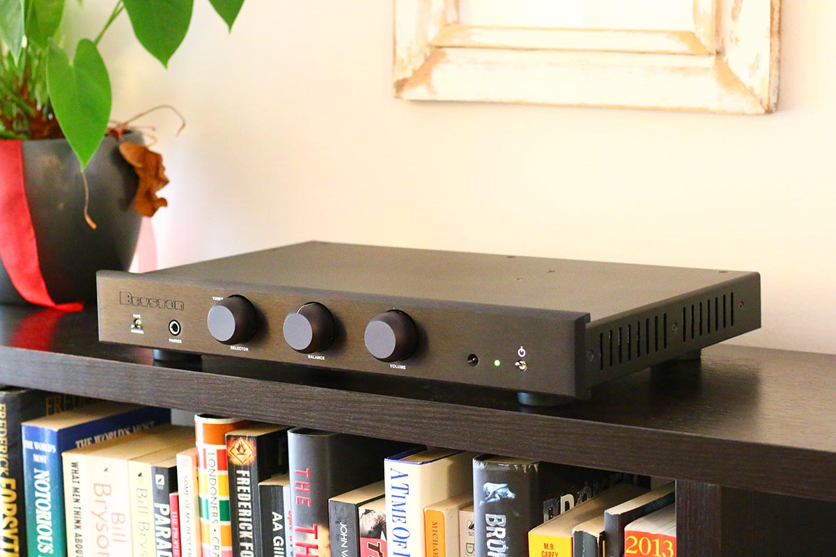 Review Bryston B60r The Master Switch