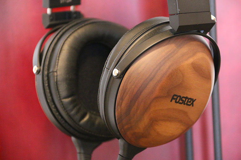 Review: Fostex TH610