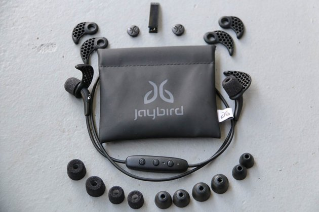 how to connect jaybird freedom