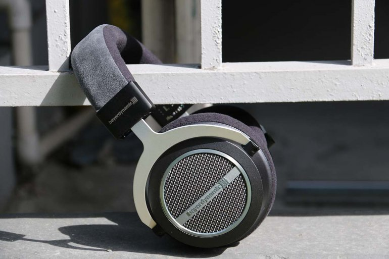 The Beyerdynamic Amiron Homes are much, much, much better than the Aventhos  | The Master Switch