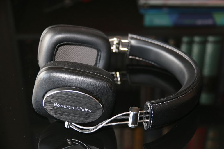 The Bowers & Wilkins P7s are old now, but still a viable (and cost-effective) alternative | The Master Switch