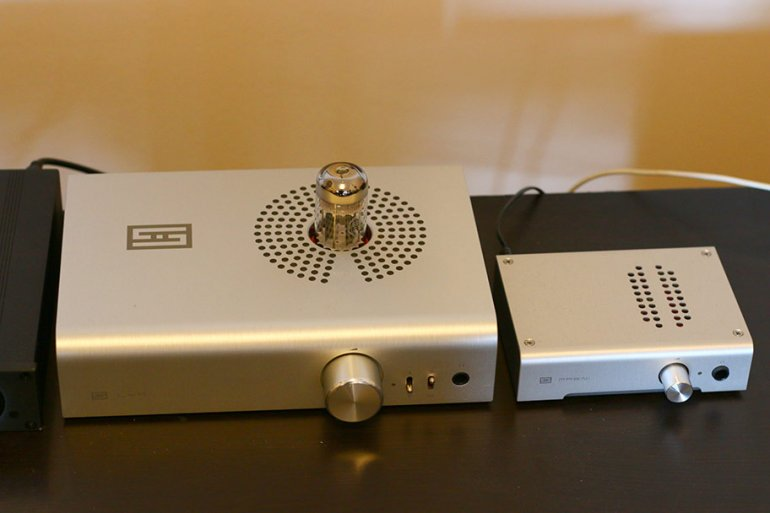The Lyr 3 with the smaller Magni 3, both from Schiit | The Master Switch