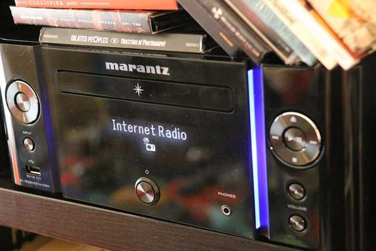 Marantz MCR611 - a stereo amp with a built in CD player and network receiver. Handy! | The Master Switch