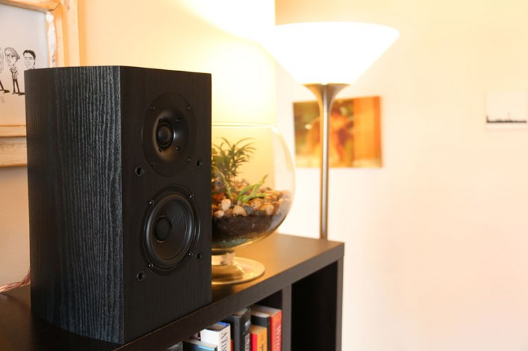 Bookshelf speakers are ideal for small rooms | The Master Switch
