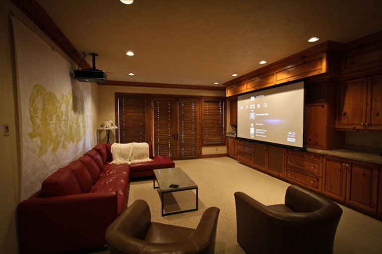 Exceptionnel Projector Screen | Nan Palmero